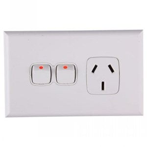 HPM Excel 10A Single Horizontal Socket with Extra Switch - White